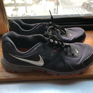 Men's Nike sneakers black and grey with red soles